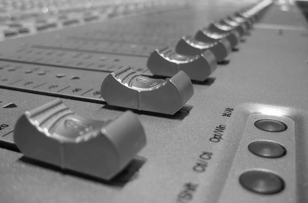 3692124539_78e9814c90_b Noise Reduction for Video: Sound Clarification